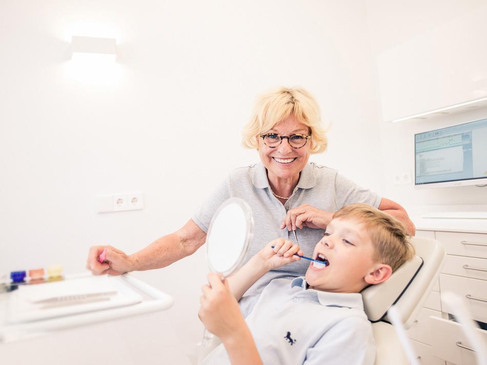 Christiane Heckeroth – Ihr Partner für gesunde Zähne! Zahnärzte Heckeroth in Berlin-Wannsee